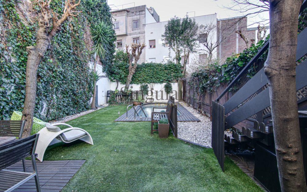 Vivienda de 107m² + jardín de 104m² con piscina