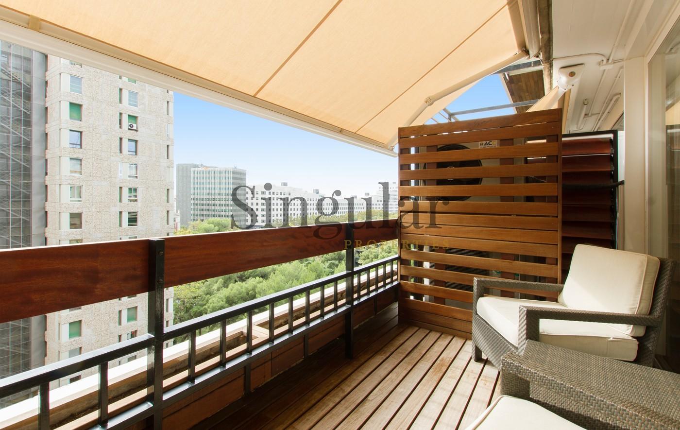 Exclusivo piso alto con terraza