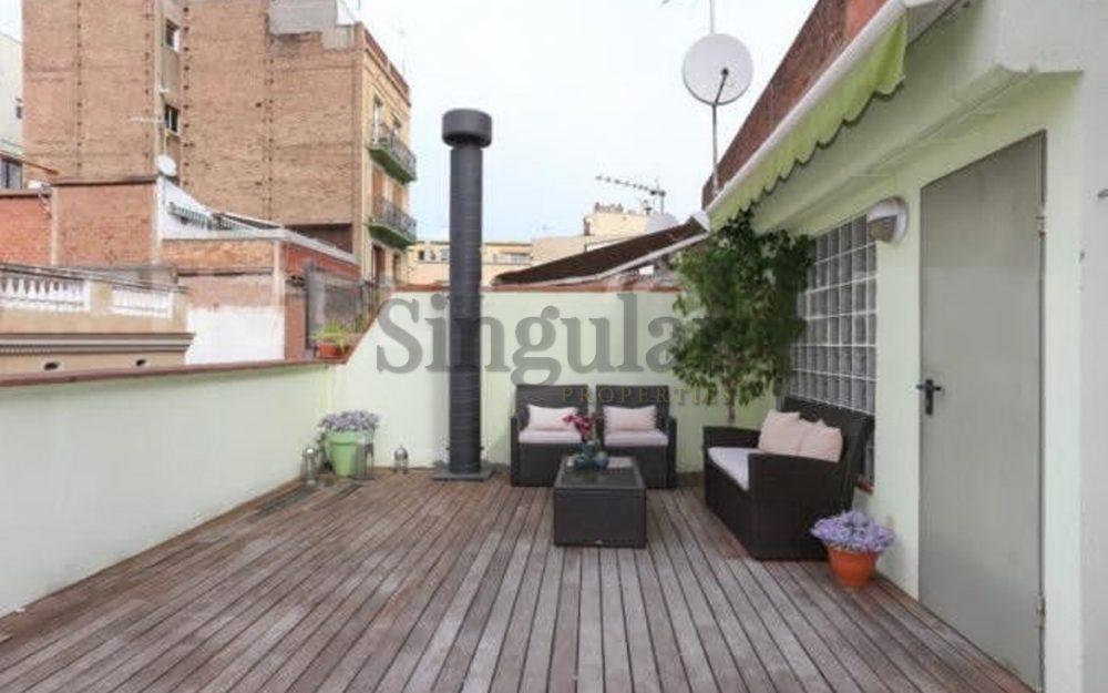 Unifamiliar con terraza de 45m2 en Vila de Gràcia