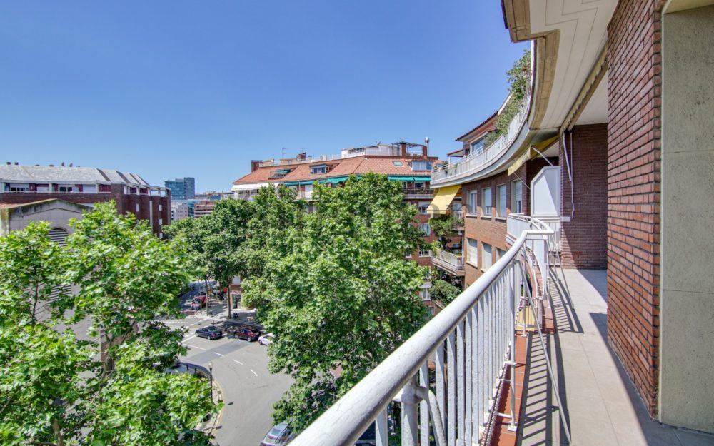 Alta con terraza y parking en Gregori Taumaturg